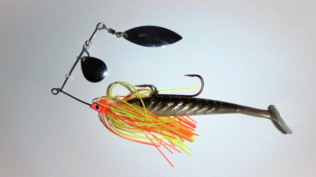Pulse Yum monté en trailer sur un spinnerbait Predator Flashmer